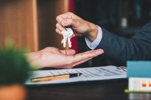 Апартаменты уравняют в правах с жилой недвижимостью