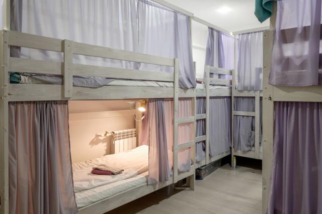 Правительство отказалось запрещать хостелы в жилых домах