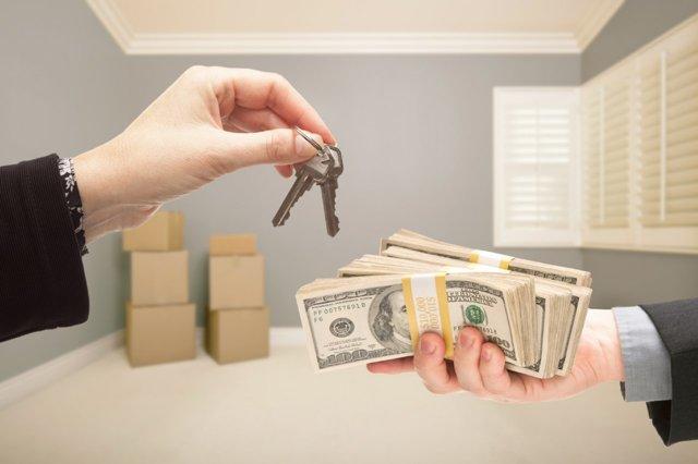 Нужно ли платить налог с продажи квартиры, полученной при переселении?