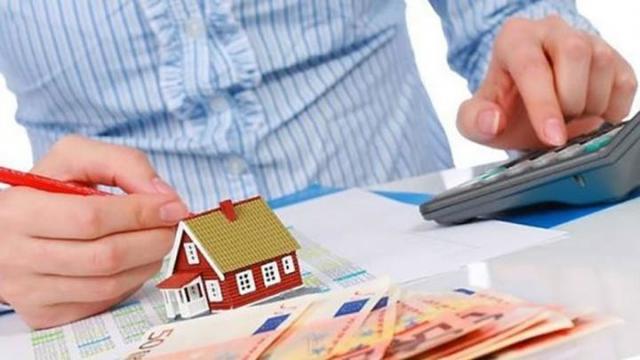 Нерезидент дарит матери – резиденту РФ квартиру: что с налогами?