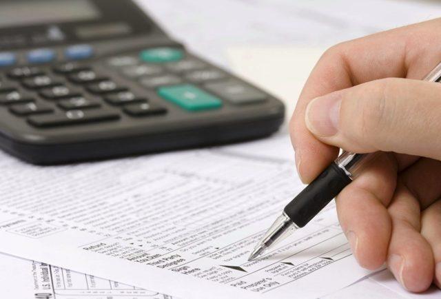 ФНС пояснила, когда нужно платить налог за хозпостройки