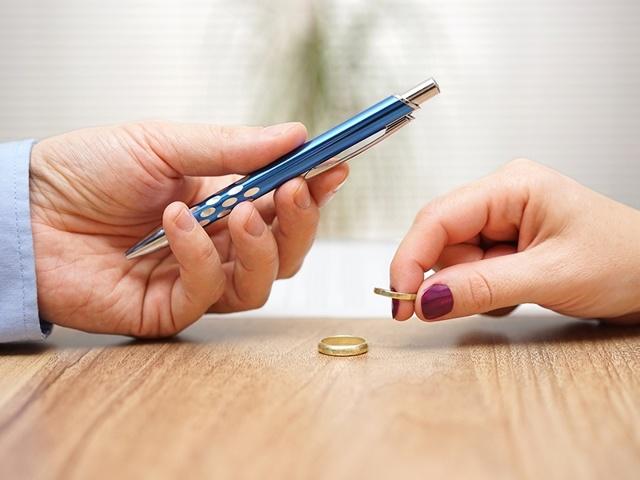 При сдаче квартиры в аренду необходимо получить согласие супруга