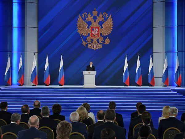 Путин дал поручения по развитию жилищной сферы