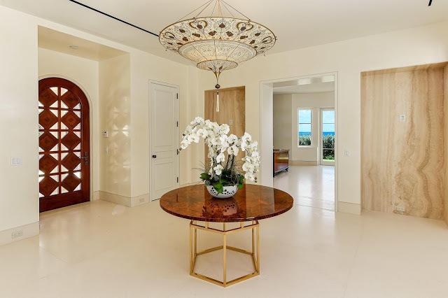 Бон Джови снова пытается продать квартиру