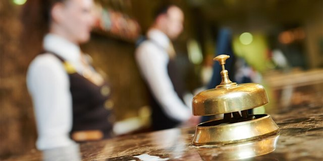 Более 30 гостиниц завышают цены на период ЧМ-2021