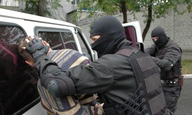 Россиянам могут разрешить защищать свое жилье от преступников любыми путями