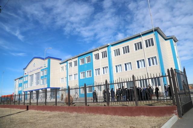 В 2021 году в России построят 185 новых школ
