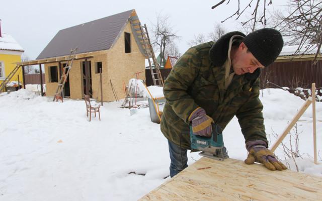 В России частных домов строят больше, чем многоквартирных