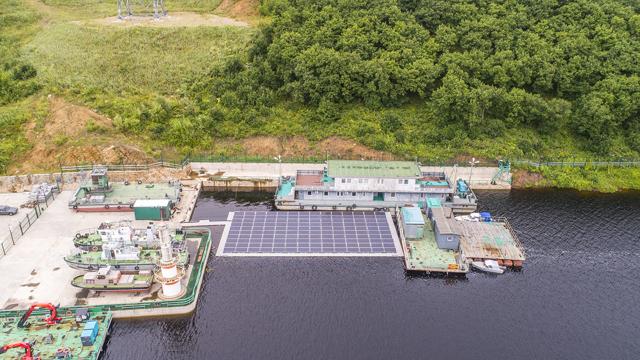 В России заработала первая частная солнечная электростанция