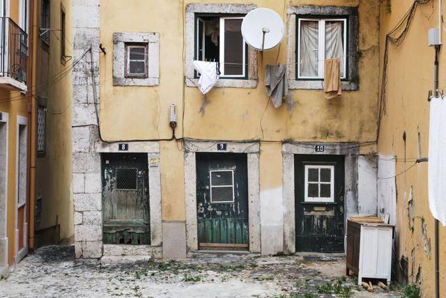 Предложение: давать на снос аварийного жилья не более года