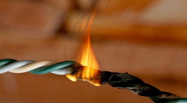 Главные причины пожаров в Хабаровском крае – стихия и электропроводка